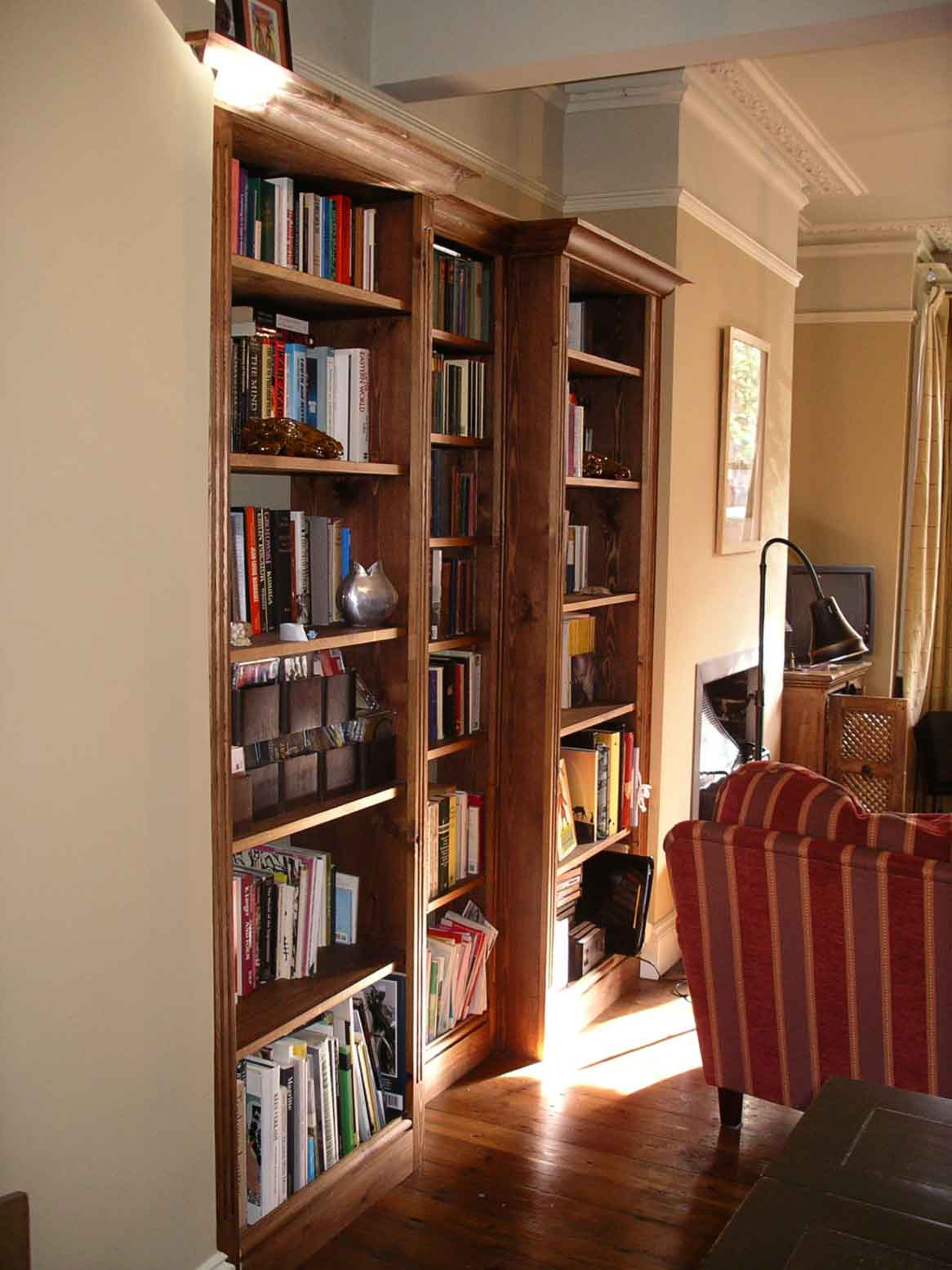 bookcase designed to fit in alcove