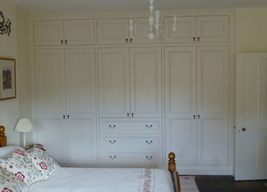 fitted bespoke Victorian style wardrobe