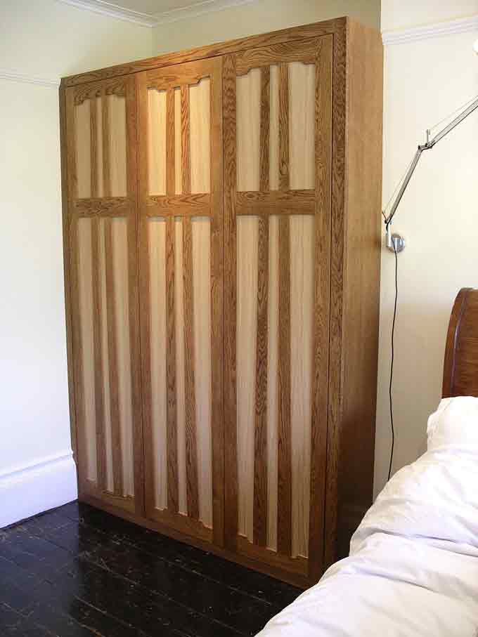 bespoke Arts and Crafts style wardrobe in oak